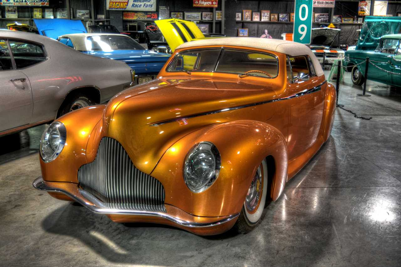 What You Ll See Floyd Garrett S Muscle Car Museum